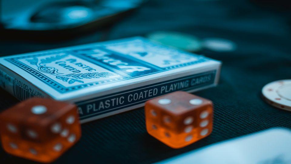 Uvod za vodic igre sa kartama.